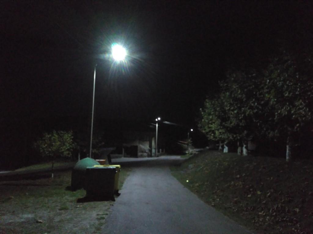 O pobo de Zarracós estrea alumeado público LED