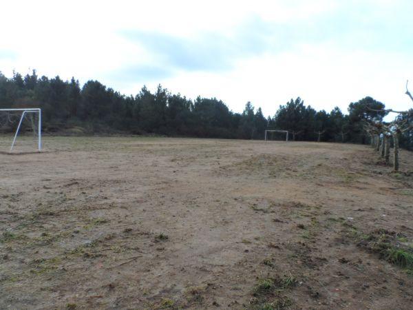O Concello de A Merca, en colaboración coa Deputación, arranxan o campo de fútbol de Zarracós