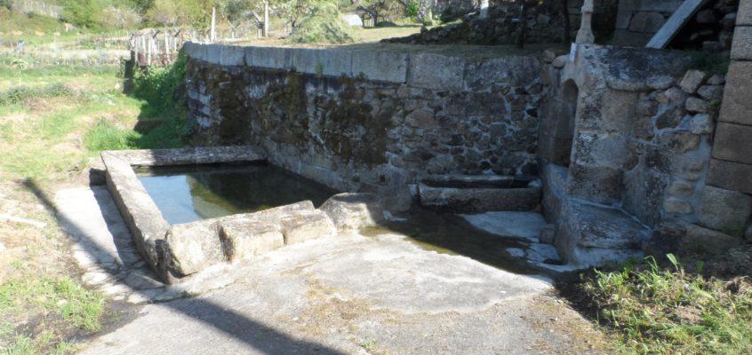 Fonte e lavadoiro de Fontao